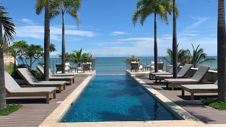 Punta Caelo, apartamento frente al mar.