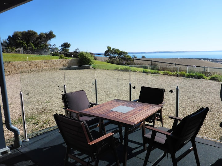 Cape Jervis home -  stunning views to Kangaroo Is