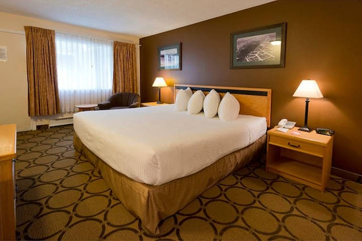 King Room @ Riviera City Centre - Prince George - Andere