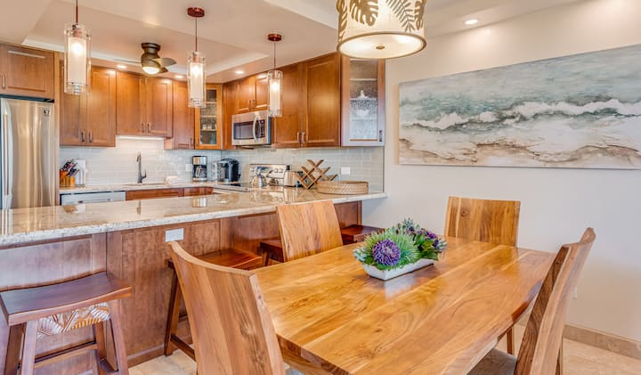 NEW Remodeled Oceanview Condo w/ AC & Washer/Dryer