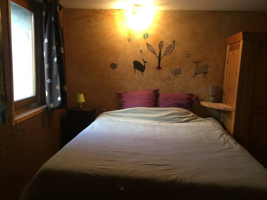 Chambre double sdb dans maison pierre avec jardin - Maison a louer 3 chambres avec jardin ...