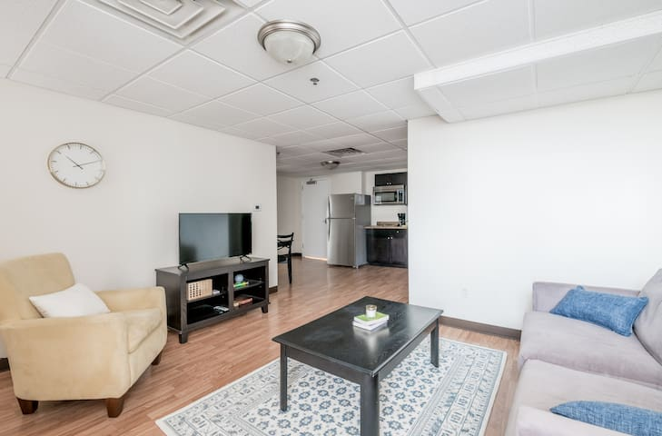 Luxury Condo @ Fincastle - Downtown Lou  501