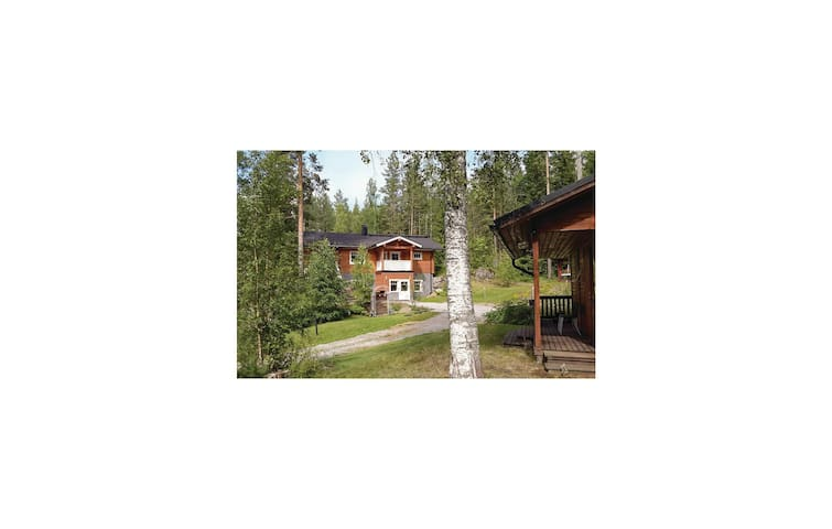 Holiday cottage with 2 bedrooms on 150 m² in Rantasalmi