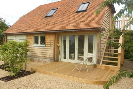 Kindling Cottage Stalisfield Green - Kent - House
