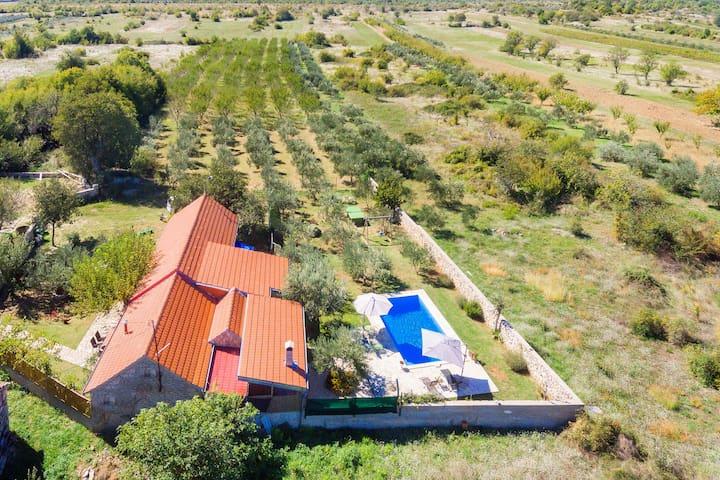 Rural house Masa, Ljubotić