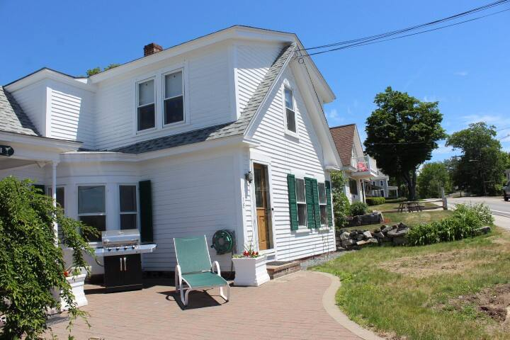 Meredith Bay Vacation Home (SIV18Wc)