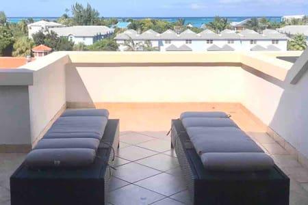 Modern Luxury Ocean View Junior One Bedroom Condo