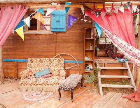 Casa Atma, entre roulottes et rivière
