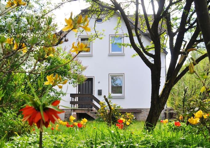 """Ferienwohnung """"Gallery Cottage"""" (****Sterne DTV)"""