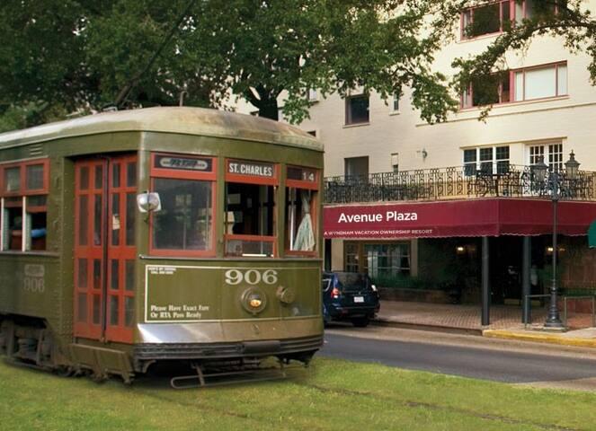 JazzFest Suite Sleeps 4-Street Car! - Nueva Orleans - Apto. en complejo residencial