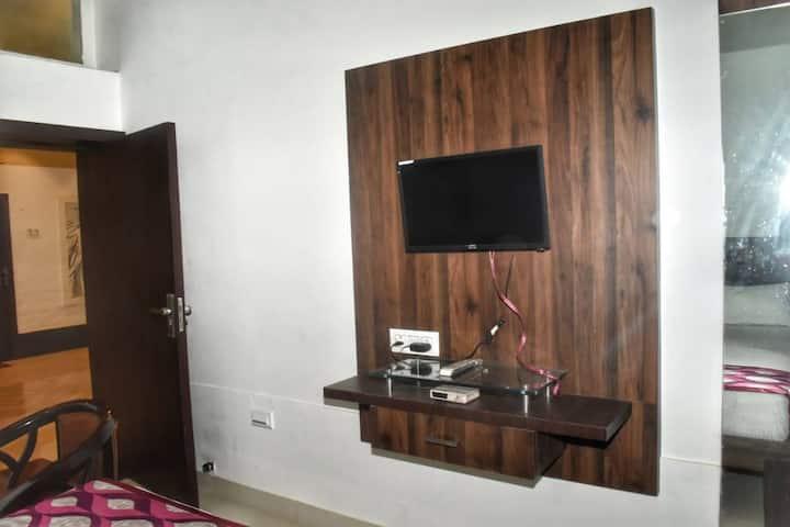 Standard Room @ Hotel Ganesh