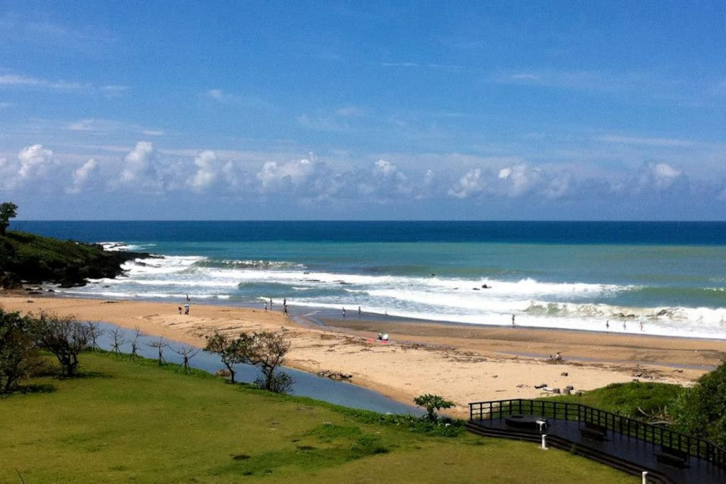 前面草坪 沙灘