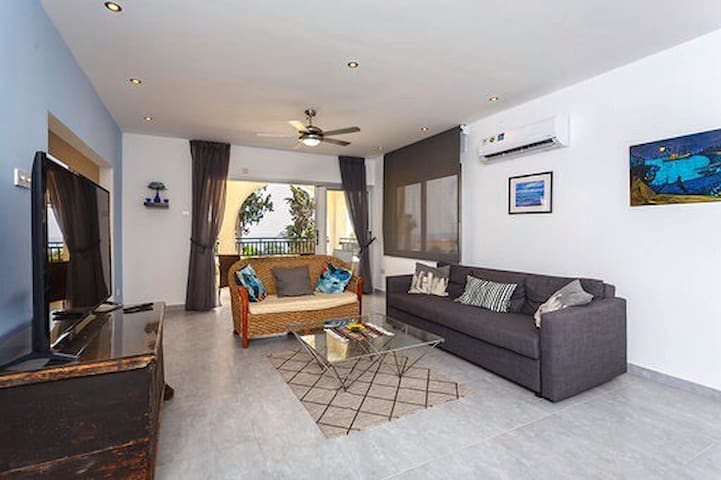 Sea Breeze Coral Bay,  3 Bedroom Apartment