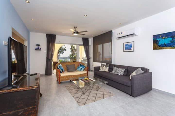 Sea Breeze Coral Bay,  3 Bedroom Apartment