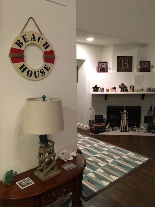 has fire place, apple, TV, wifi & plenty of board games and children's books