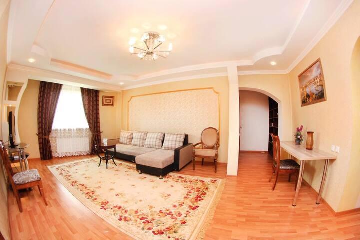 Сдам посуточно квартиру в Almaty - อัลมาตี - อพาร์ทเมนท์