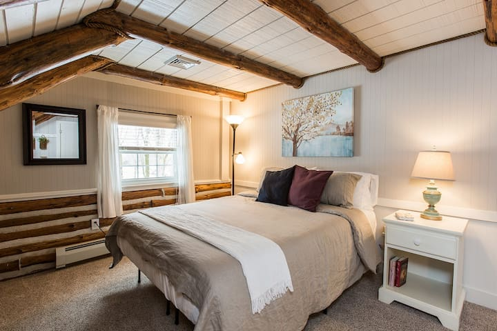 """Bedroom # 2  Second floor, has workspace with desk and Ethernet connection, as well as 32"""" flat screen smart TV"""