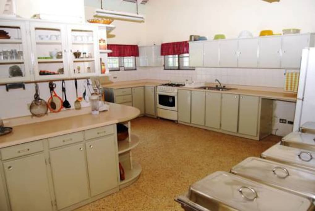 spacious kitchen fully equipped fridge/freezer cooker, oven, microwave, kettle,kitchen utensils crockery etc