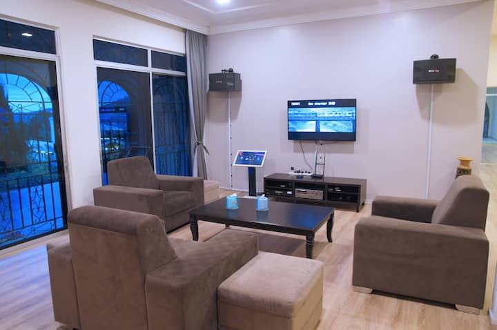 (Lower Floor) MY COZY VILLA, GENTING --20 pax