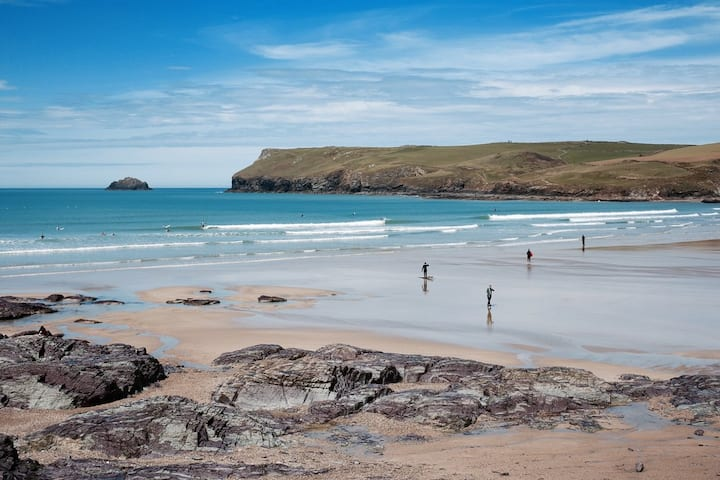 2 bed flat, 3 min walk to Polzeath beach