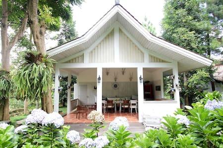 Wirasamala Villa 1