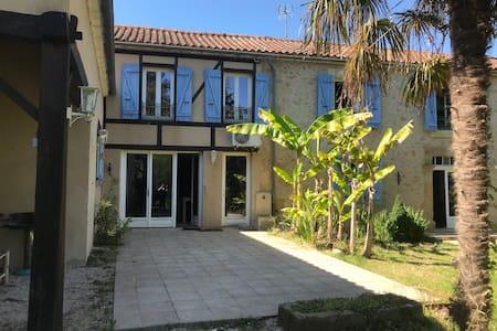 Maison avec piscine Gers, proche Marciac