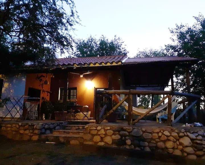 Casa entera con Pileta, San Javier, Cordoba.