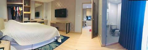 lee/1 BIG ROOM,1 LIVING ROOMfor group 1-4 /70 sq.m