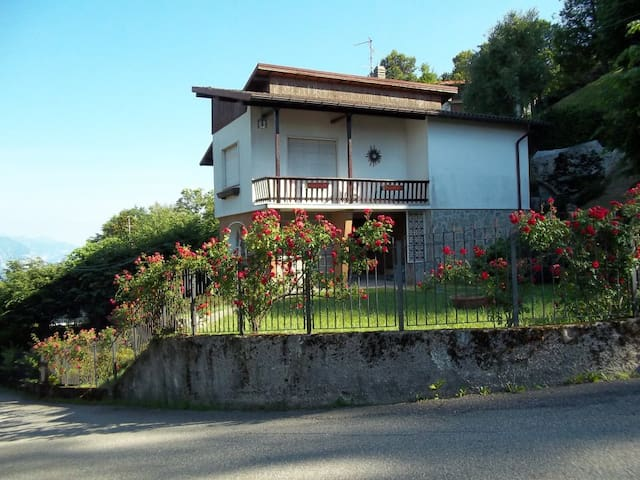 VILLA IN LOC. CIVENNA - BELLAGIO - Civenna