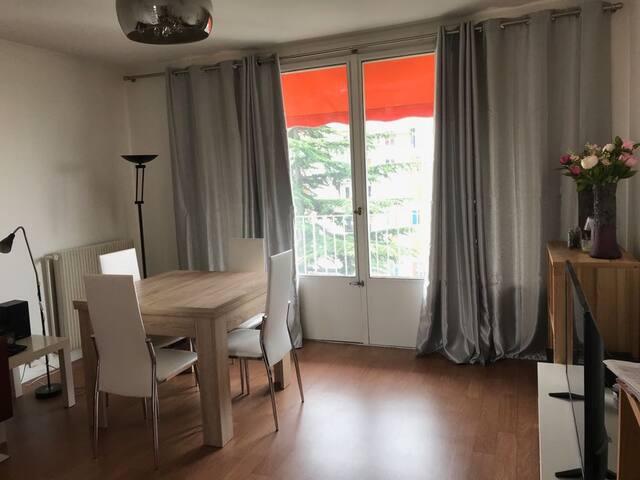 Chambre dans appartement Epinay sur Seine