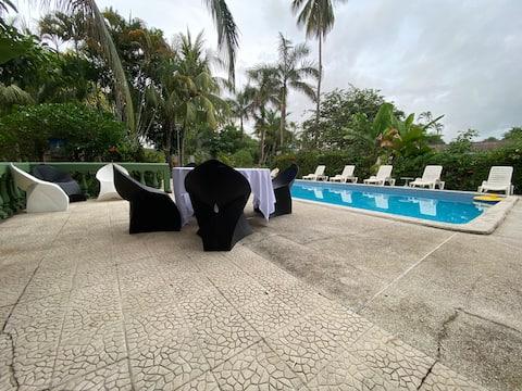 Apartamento en la playa, piscina, cocina Equip TG7
