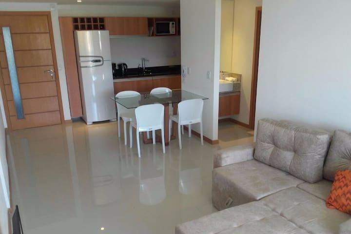 Excelente Apartamento en Edificio Coorporativo - Salvador - Apartemen