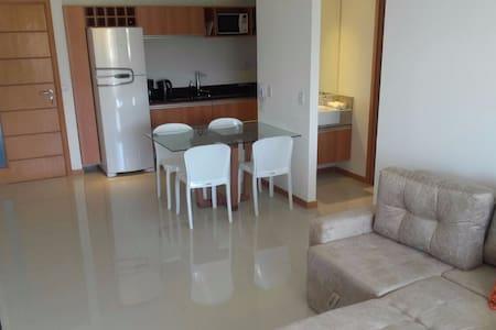 Excelente Apartamento en Edificio Coorporativo - Salvador - Huoneisto