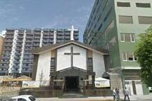 10 mts. da Igreja Nossa Senhora das Graças - predio ao fundo
