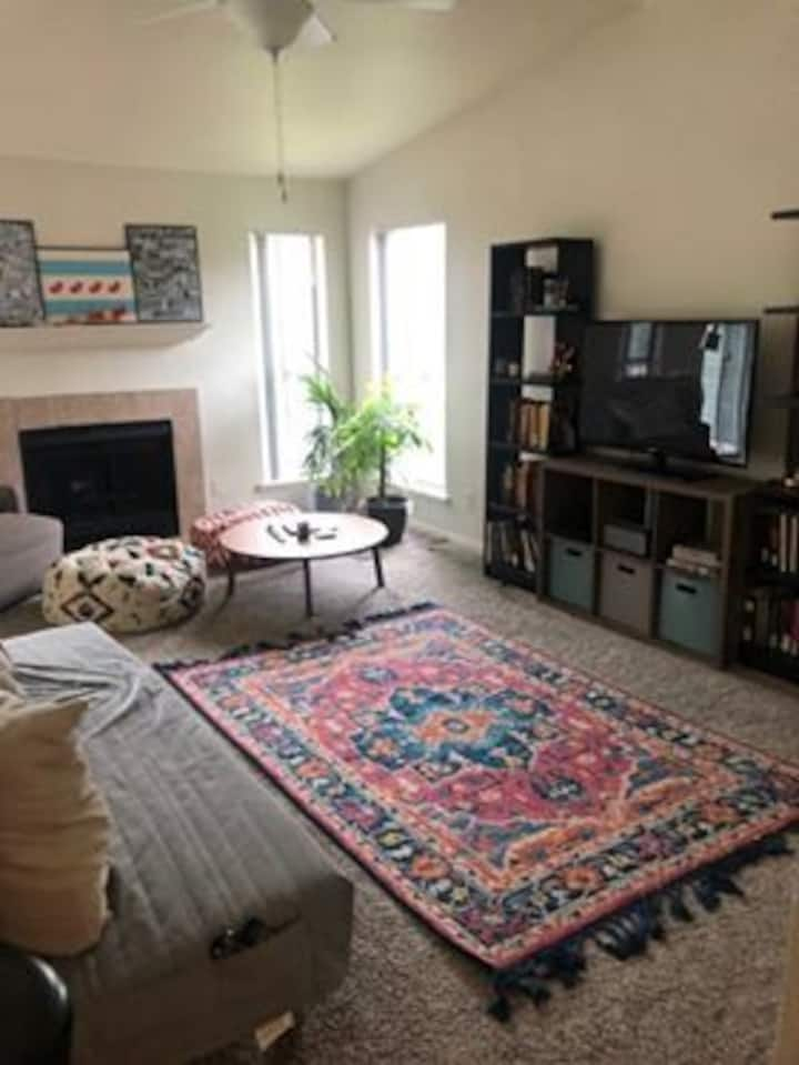 Lovely 1bdr Austin Apartment for a Long Stay!