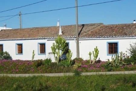 Casa Amarela - Hus