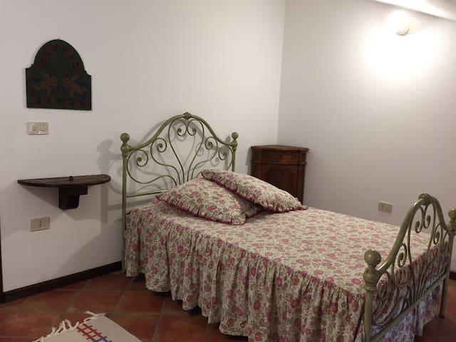 Due Stanze private e bagno esclusivo in ampia casa