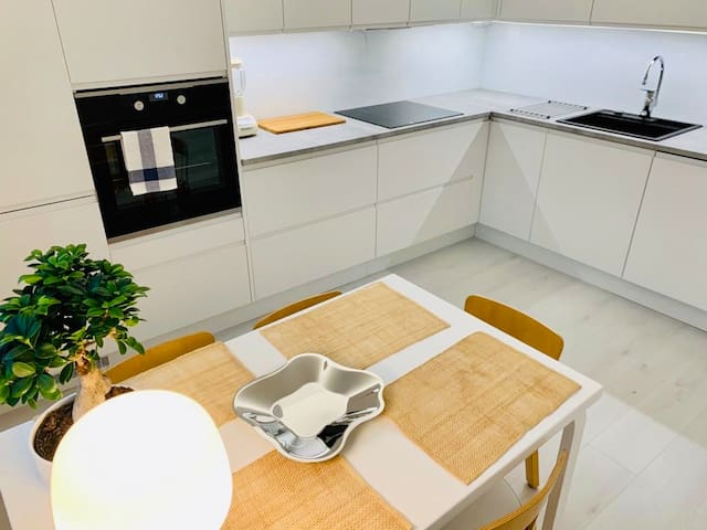 STYLISH Newly renovated home in Kirkkonummi center