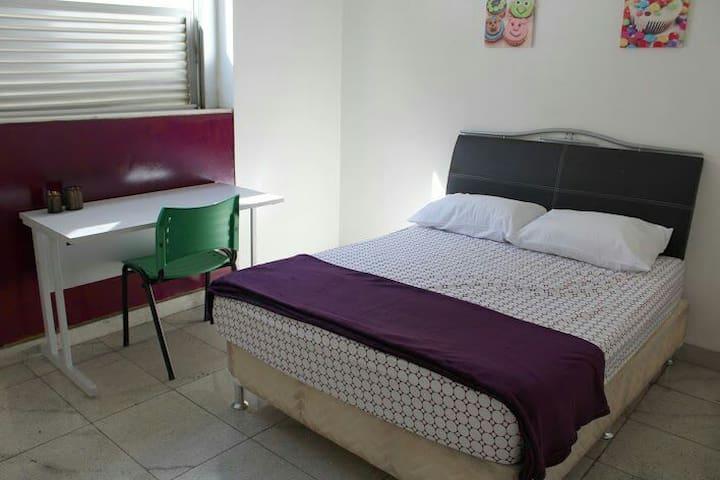 """Quarto Sweet Home BH """"Barroca 2"""" - Belo Horizonte - House"""