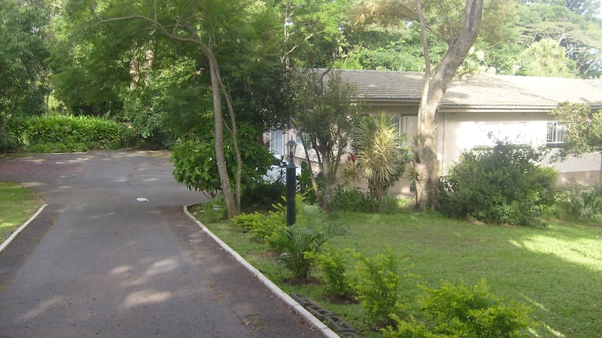 Double room accommodation situate in Westville