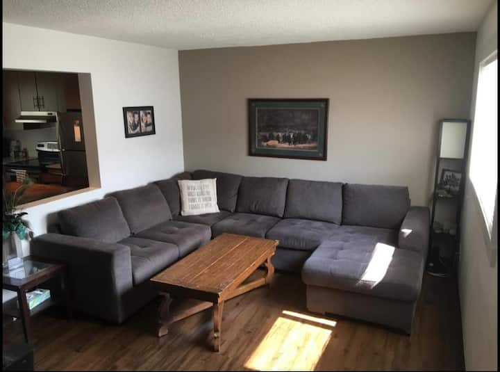 Spacious, bright and cozy 3 bedroom townhome