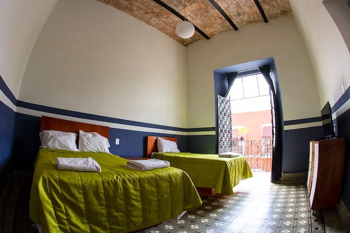 Room For 3 in the heart of downtown Puebla