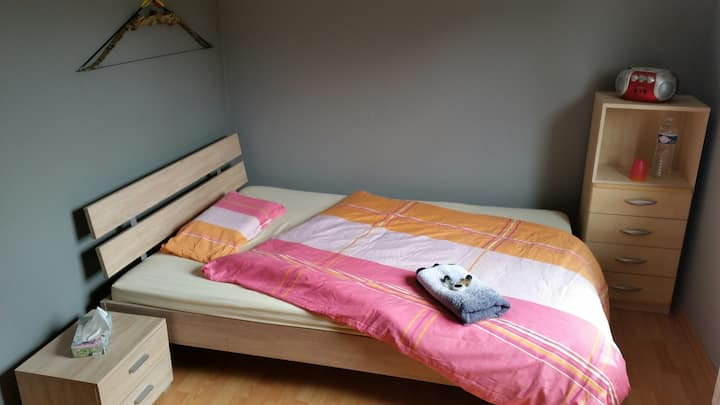 Room well located near city LUX per day/week/month