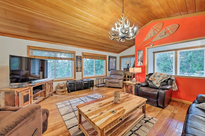 Pet-Friendly Arnold Cabin: Ping Pong,Darts,TV+More