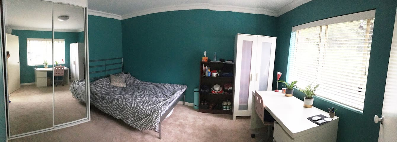 Lovely room in the centre of Waverton, 15 min CBD - Waverton - Apartment