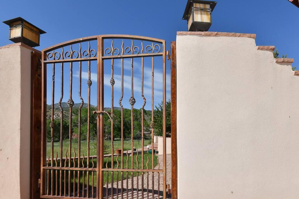 Villa Gates