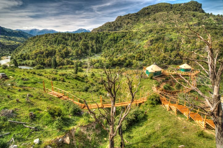 Turismo Glamping Panguilemu.  Yurta Las Bandurrias