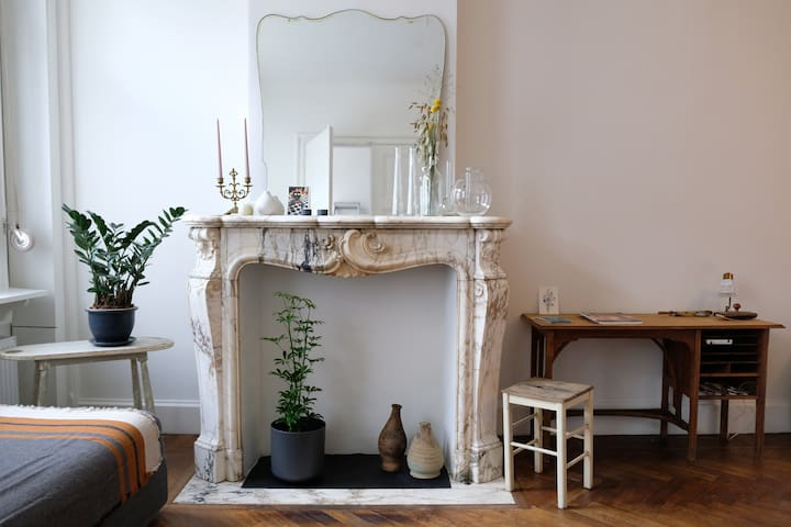 Charming studio close to central station