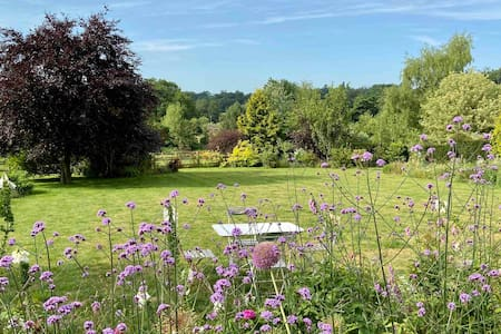 The Beautiful Garden Suite, Charlbury ~ Cotswolds