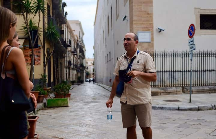 The Tour guide Domenico